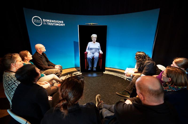 【博物之島新訊】談論困難歷史不再難以啟齒—真人互動裝置讓你和倖存者對話