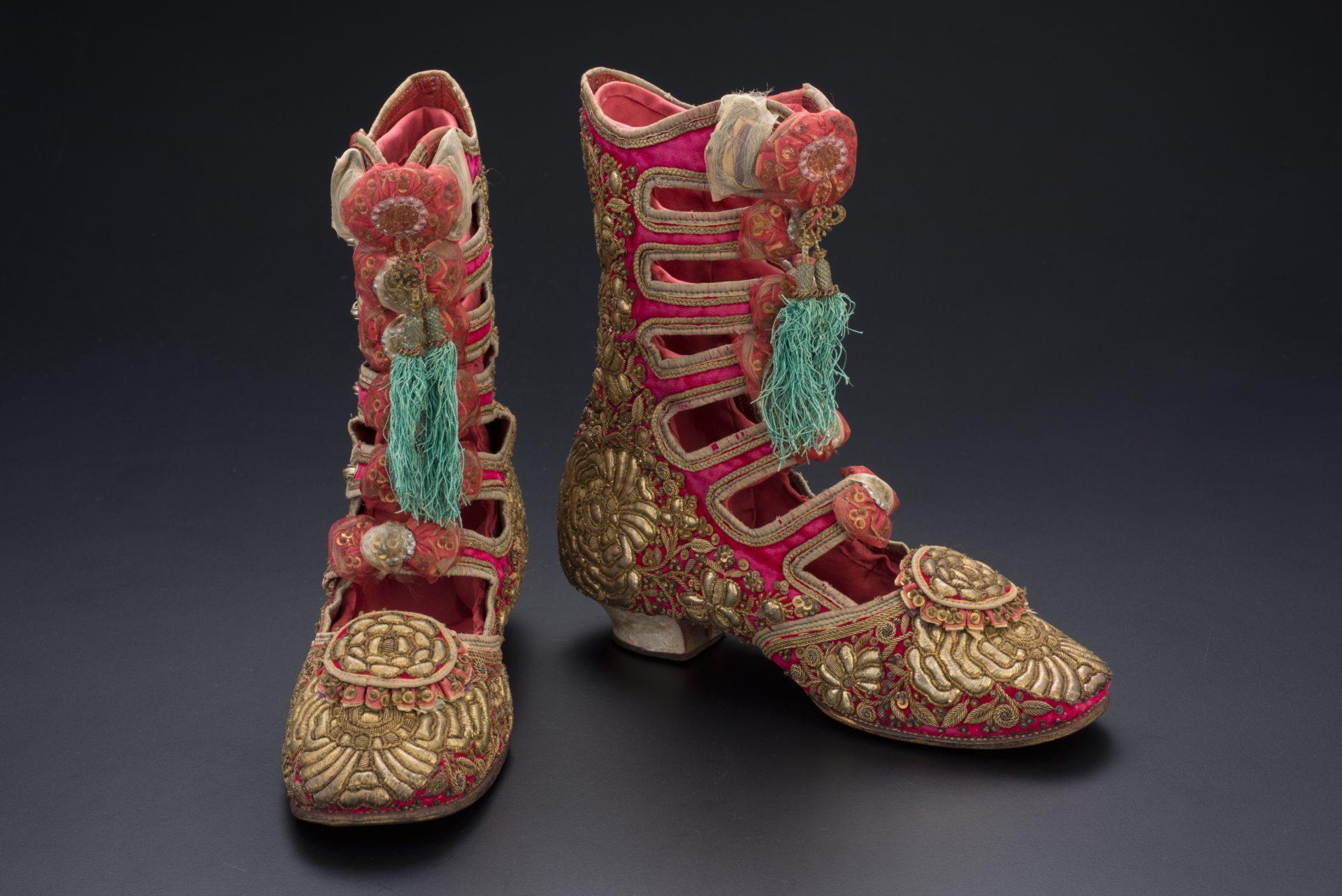 【亞太博物館連線專欄】娘惹珠飾及刺繡—文化轉譯的創意流動