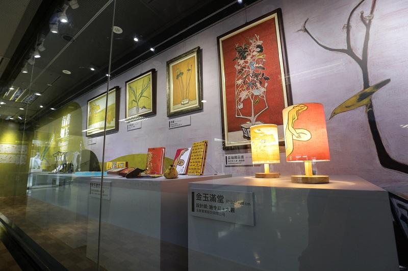博物館必須積極發揮其專業滿足社會責任,圖為臺北松山機場舉辦的公益文創特展。攝影/黃英哲,2018。