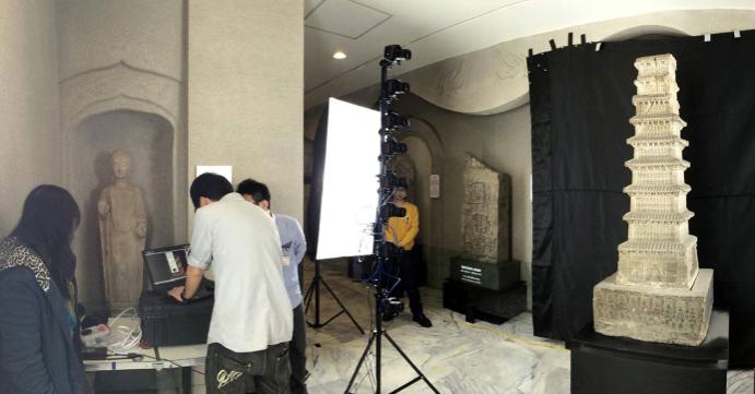 北魏曹天度千佛石塔拍攝數位掃描現場(圖片提供: 固態記憶Solid Memory)