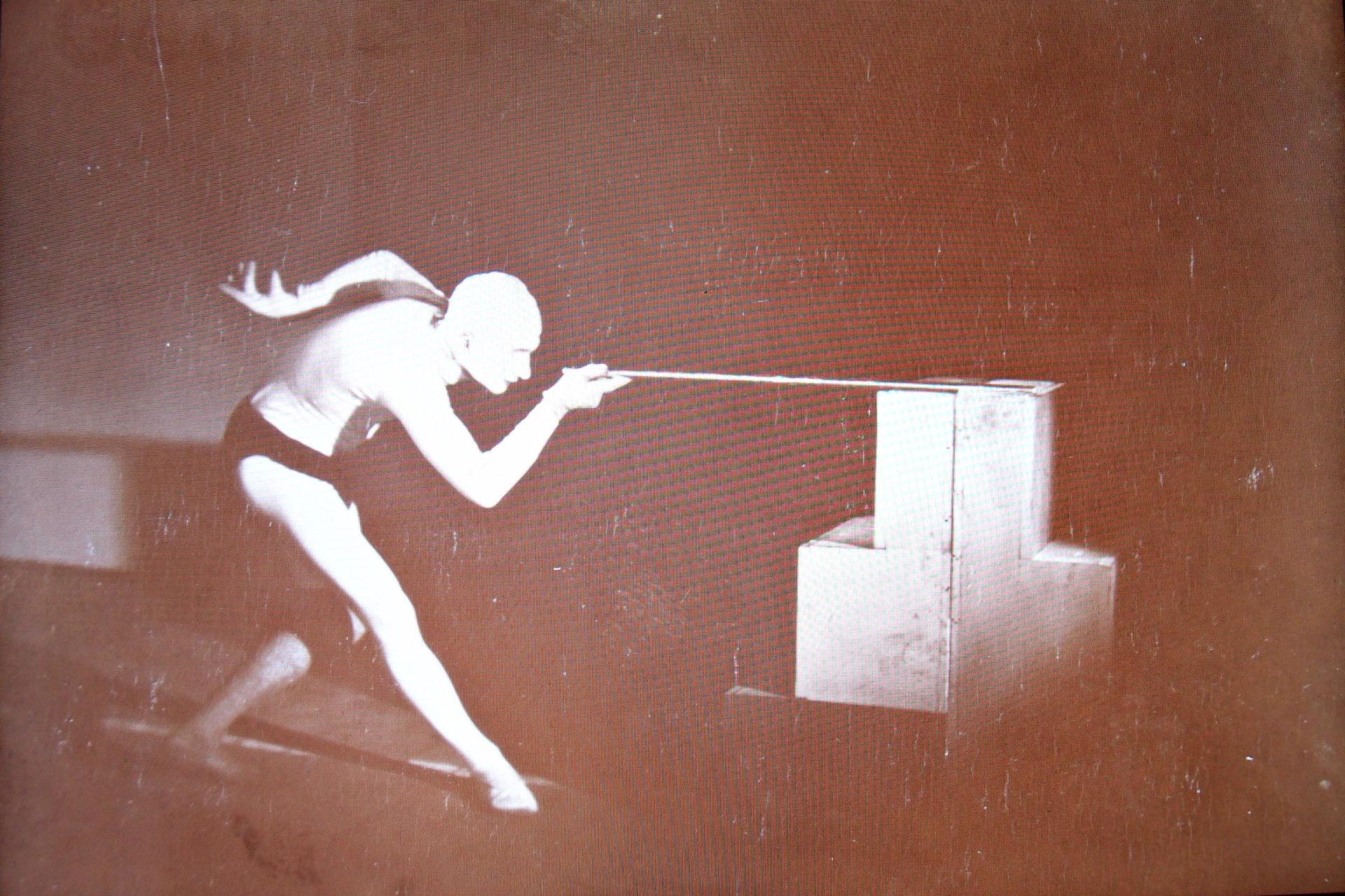 德紹時期包浩斯的身體劇場練習