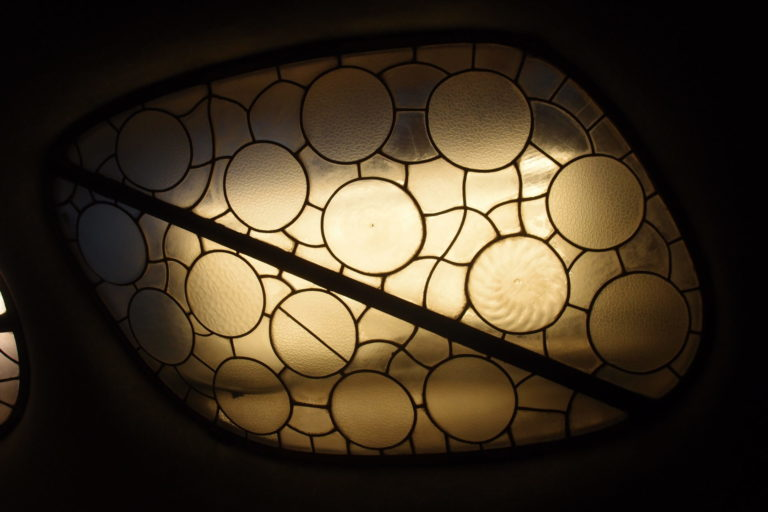 烏龜殼花樣的天窗