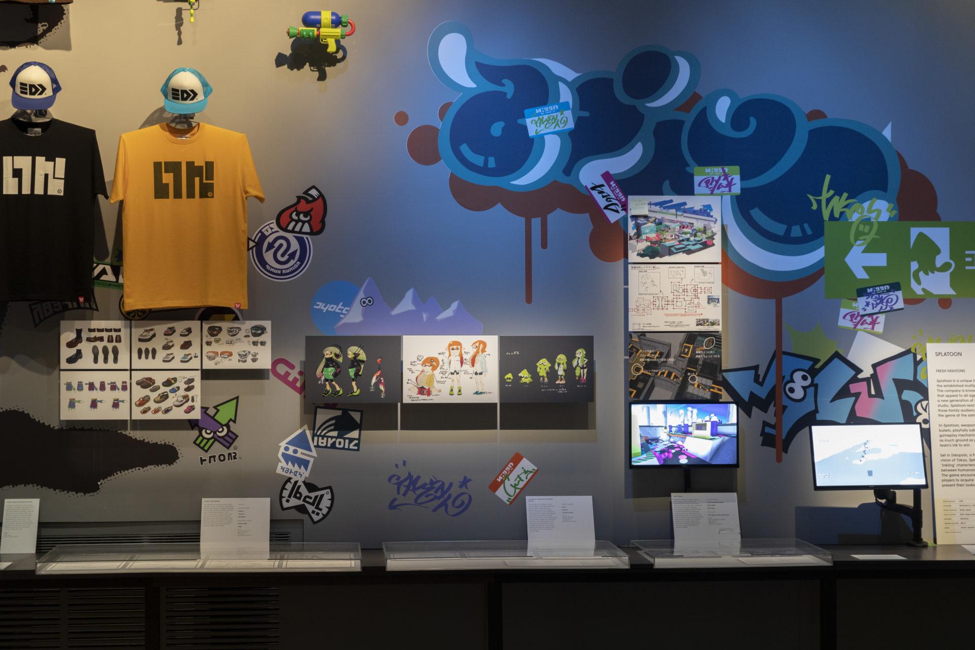 展覽不僅呈現遊戲畫面,更將創作過程與周邊產品一併展出。