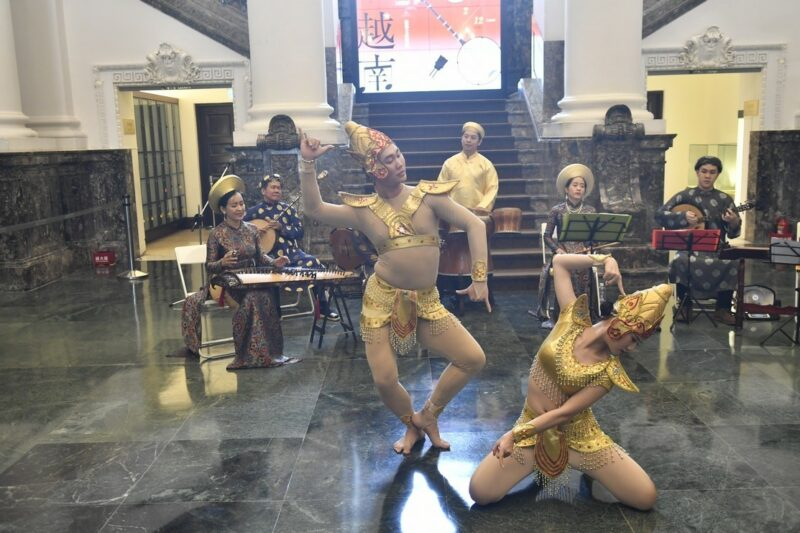 【Museums Link Asia-Pacific】The Tài Tử Music and the Người Chăm Dancing: Intangible Cultural Heritages of Vietnam